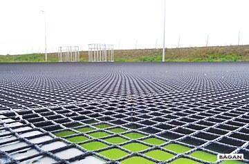 Siatki do zbiornika ściekowego i wodnego - zabezpieczenie zbiorników z ściekami i wodnych