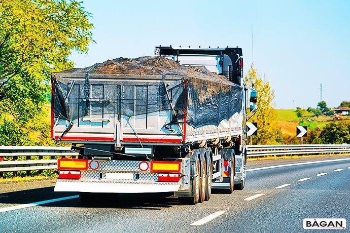 Siatki do zabezpieczenia transportu z ładunkiem